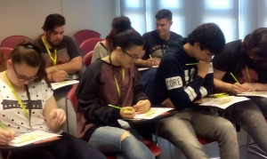 Alumnos durante la visita. Autor: IBEC